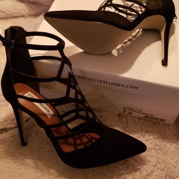 buy popular 4b8b2 f33d6 Steve Madden Women's Sonillo Black Nubuck Shoe NWT